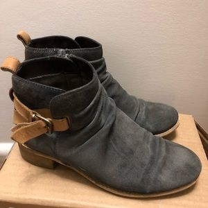 Diba Ris Kee Ankle Boots Gray Suede Women's 6.5
